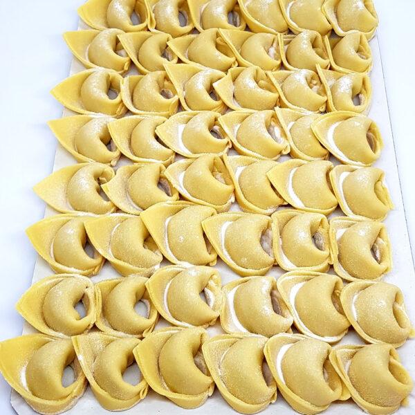 Tortellini-cu-carne-si-mozzarella-(1)